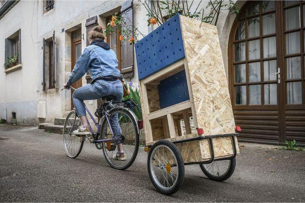 L'association Les Orageus.e.s lance une bibliothèque féministe sur roues, destinée à sillonner les quartiers de Dijon en Côte-d'Or.