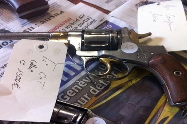 Parmi les armes retrouvées au domicile d'un altiligérien : ce revolver 7 coups Russe, très rare, datant de 1935 et utilisé par l'armée rouge.