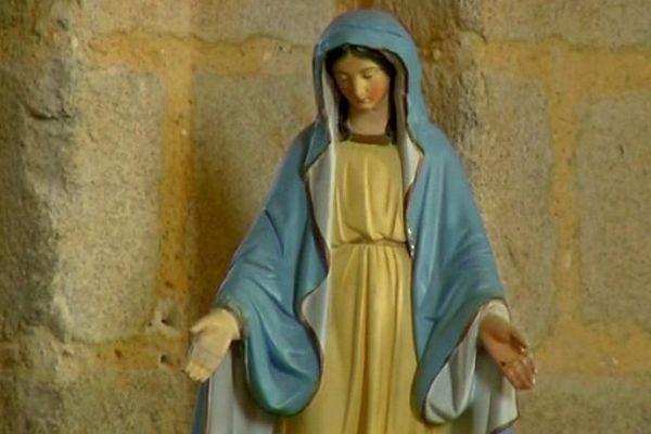 La vierge de l'église d'Aubigny n'accueillera pas le Téléthon 2014