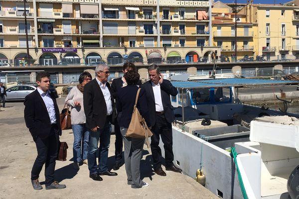 Sète (Hérault) - Nicolas Dupont-Aignan, président de Debout la France, en visite en Languedoc-Roussillon - 4 mai 2016.