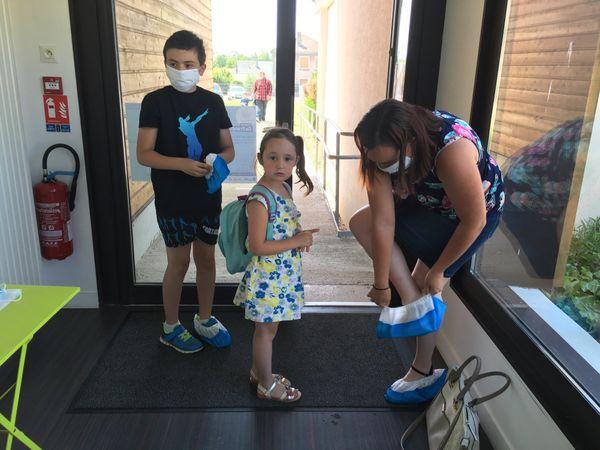 Des mesures sanitaires strictes sont à l'ordre du jour dans le centre de loisirs pour enfants, afin qu'ils profitent au mieux de la structure