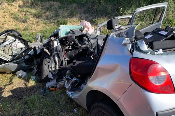 Un jeune homme d'une vingtaine d'années est décédé le 18 mai 2020 dans un choc frontal avec un poids lourd à Langlade (Gard)