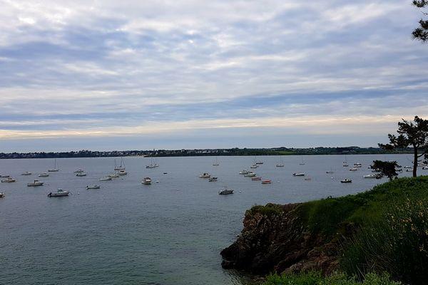 Port de la Houle Caussel à St Jacut de la mer.