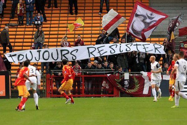 Des supporters messins au stade Bollaert en 2012.