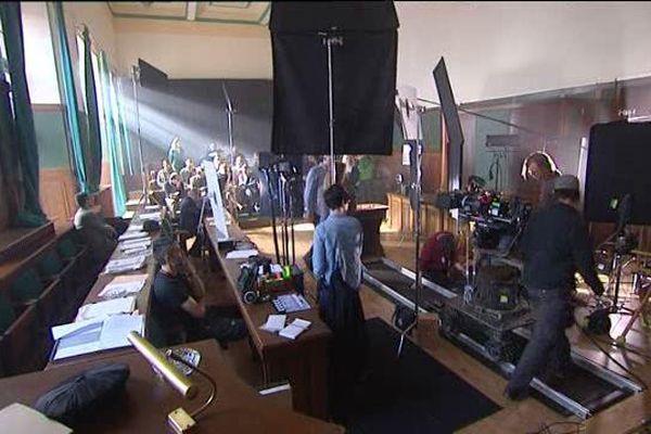 Cinéma : le faussaire Han van Meegeren à la barre du tribunal de Metz. Un film tourné dans la salle d'Assise de la Moselle.