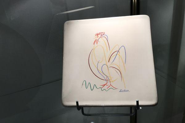 Carreau de céramique réalisé par Pablo Picasso.