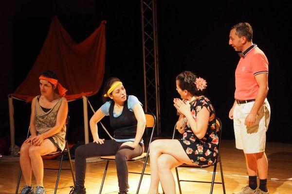 Répétition de la troupe Improvergne de Clermont-Ferrand à la Maison de l'Oradou.