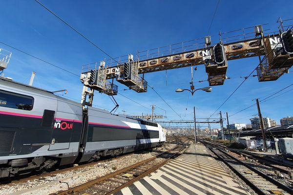 Marseille, l'un des nœuds ferroviaires les plus saturés de France, avec 450 trains par jour.