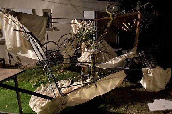 Jardin dévasté par la tornade  du 23/09/2020 - Château-d'Oléron (17)