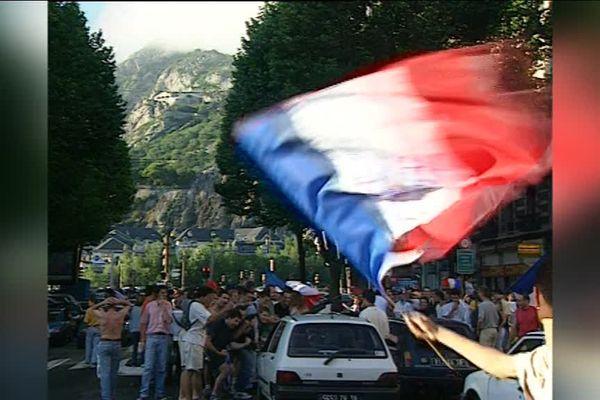 La liesse à Grenoble le 3 juillet 1998