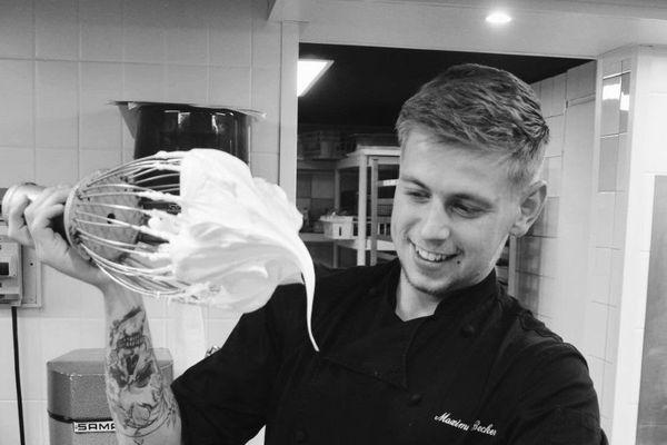Maxime Becker baigne au milieu des pâtisseries depuis son enfance