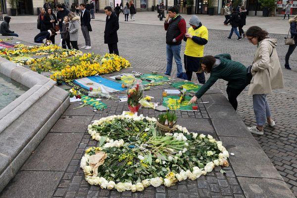 Hommage à Emiliano Sala, place Royale à Nantes, janvier 2019