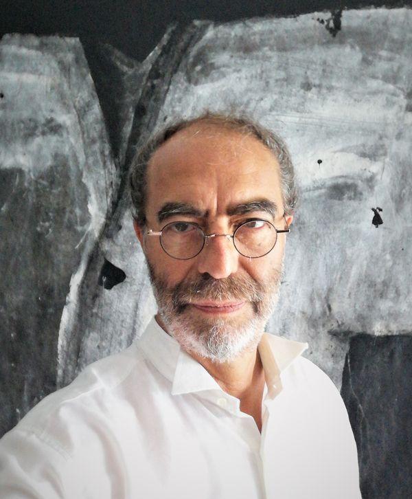 Marcel Hibert a enseigné longtemps à la faculté de pharmacie de Strasbourg, il vient de prendre sa retraite de l'enseignement mais poursuit ses recherches
