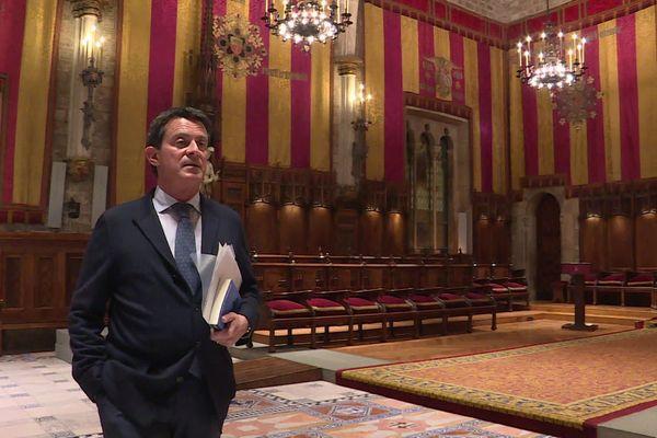 Manuel Valls, conseiller municipal à la mairie de Barcelone