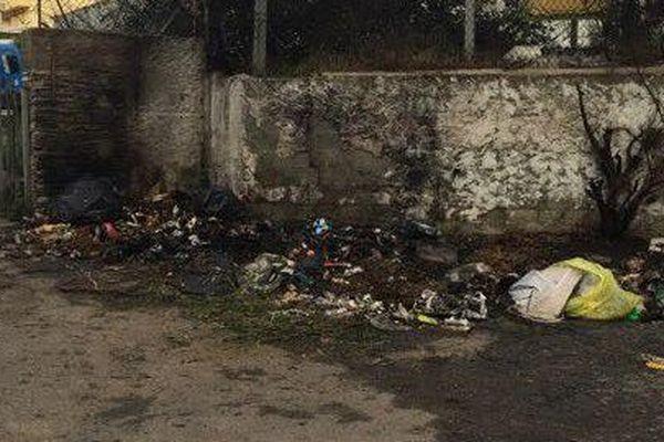 5 conteneurs de l'association ont été brûlés dans la nuit de mercredi à jeudi 26 décembre.