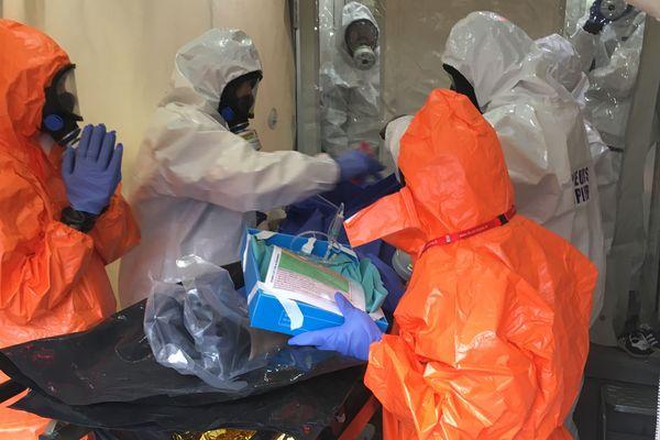 Un exercice attaque chimique au lycée Aimé-Césaire de Clisson, le 6 novembre 2019