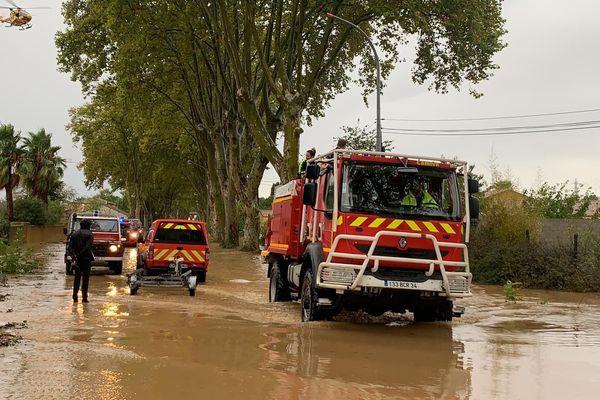 Les sapeurs pompiers de l'Hérault sur le front des inondations dues aux fortes pluies qui ont frappé dans le biterrois les 22 et 23 octobre dernier