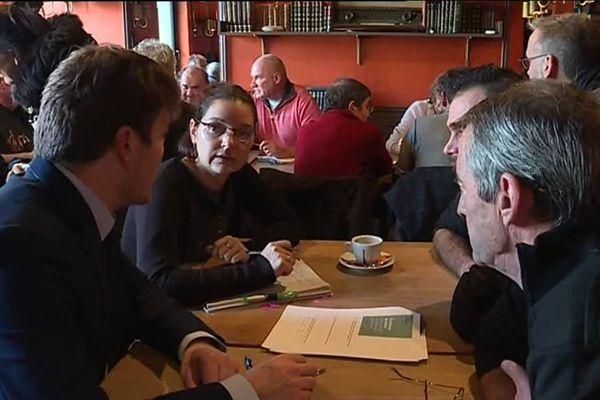 """Un """"grand débat"""" organisé en mode """"café citoyen"""" à Brest"""