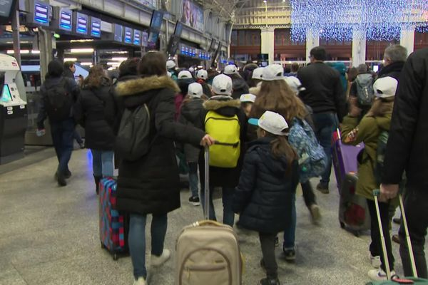 5 000 enfants au départ des gares parisiennes. La moitié en direction de Lyon