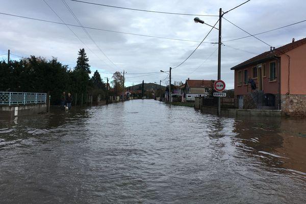 La commune de Brassac-les-Mines a été particulièrement touchée par ces inondations, ce week-end du 23 novembre.