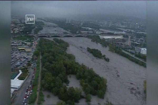 Le Var, lors des inondations de début novembre 1994.