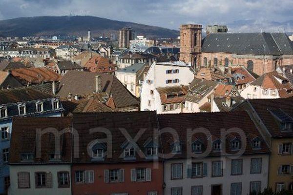 Christophe Grudler (MODEM)  l'emporte sur Damien Meslot (UMP). C'était l'un des duels entre personnalités politiques en Franche-Comté.