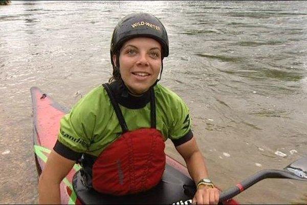 La kayakiste défendra les couleurs de son Maroc. Elle vit aujourd'hui à Dole.