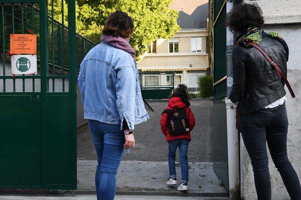 De nombreux parents sont inquiets de remettre leur enfant à l'école ou au collège lundi 22 juin.