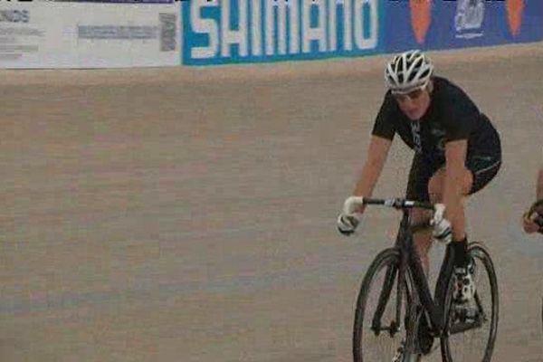 Cynthia Huygens au Stab' lors des 6 heures de Roubaix