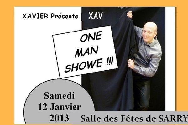 """Premier des spectacles présentés par l'association sarry-humour.com: XAV' fait son """"one man showe""""  ( à prononcer : One man chauve ), samedi 21 Janvier 2013"""