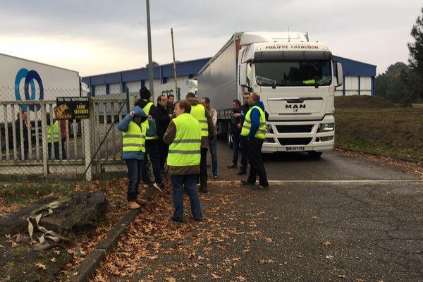 Les camions peuvent à nouveau sortir de la plateforme logistique Scalandes à Mont-de-Marsan