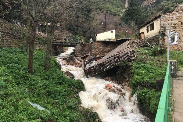 A Ocana, cette terrasse s'est effondrée en raison des crues, le 22 décembre dernier.