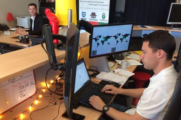 A Clermont-Ferrand, une entreprise spécialisée dans la cybersécurité travaillent quasiment 24H/24 depuis vendredi 12 mai, date de début de la cyberattaque mondiale. De nombreux clients de cette société ont été victimes des rançongiciels.