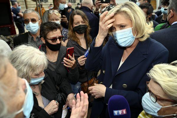 Malgré le déplacement de Marine Le Pen, la présidente du Rassemblement National le 8 juin 2021, les votes pour l'extrême-droite ont baissé de plus de 50% dans les deux cantons de Lunéville par rapport aux élections départementales de 2015.