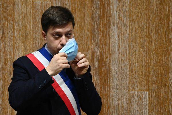 Benoit Payan, le nouveau maire de Marseille, le 21 décembre 2020 lors du conseil municipal.