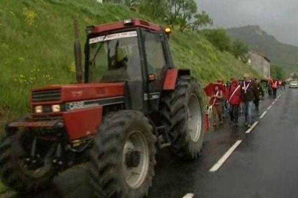 Une marche sous la pluie pour conserver la ligne Béziers neussargues