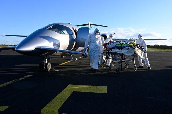 Trois patients seront transférés dans l'ouest de la France ce samedi. (Illustration)