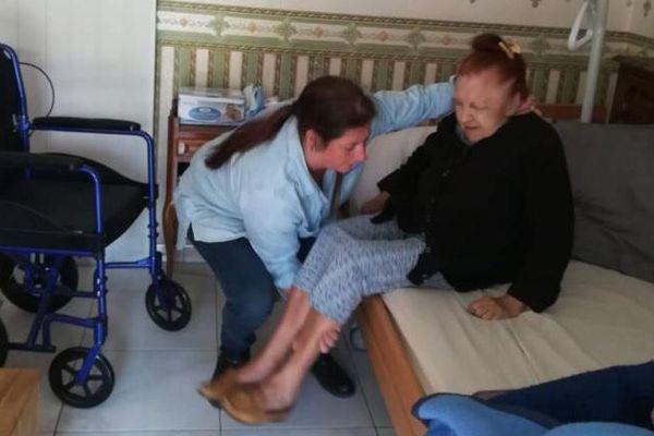 Coronavirus Emilie Auxiliaire De Vie Independante On Est Completement Abandonnes