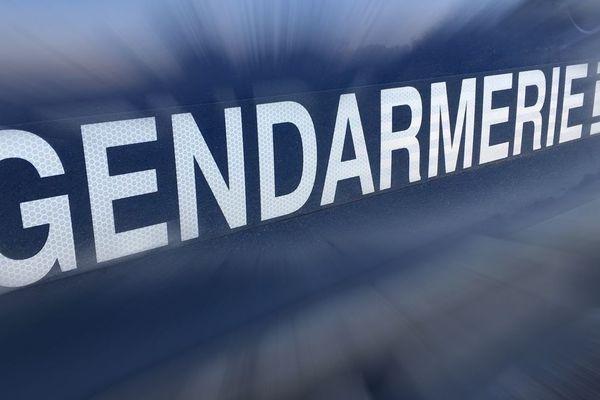 Les gendarme de la compagnie d'Ambert, dans le Puy-de-Dôme, sont en charge de l'enquête après le décès d'une piétonne à Dore-l'Eglise, dimanche 9 février.