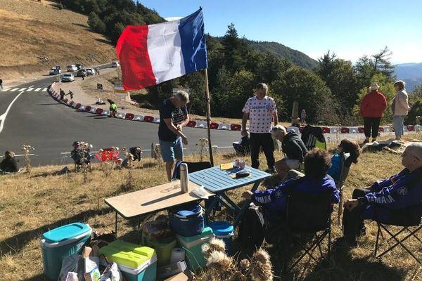 Spectacle populaire par excellence, le Tour de France attire toujours autant de monde. 2020.