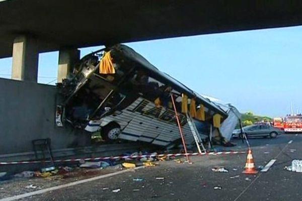 Accident de car survenu sur l'A10 en 2008.