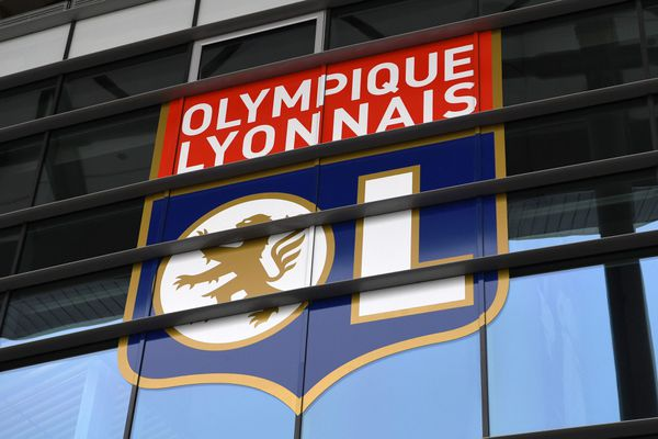 L'Olympique Lyonnais a publié son bilan d'activité pour l'exercice 2020/2021. Le club annonce un manque à gagner de 150 millions d'euros.