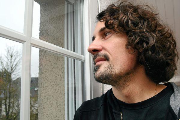 L'Aveyronnais Olivier Savignac a été victime d'un prêtre à l'âge de 13 ans.
