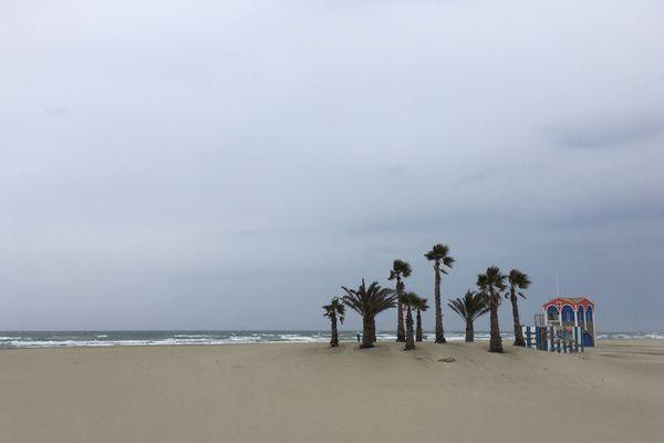 La Méditerranée, houle et vent de mer à Port-la-Nouvelle avant le dernier épisode cévenol.