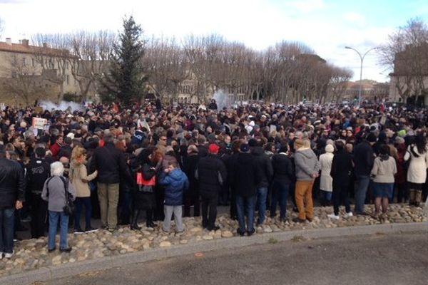 Carcassonne - le défilé se prépare - 11 janvier 2015.