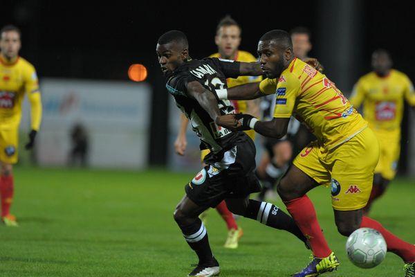 Lors du match aller entre Angers SO et US Orléans, le 12 décembre 2014