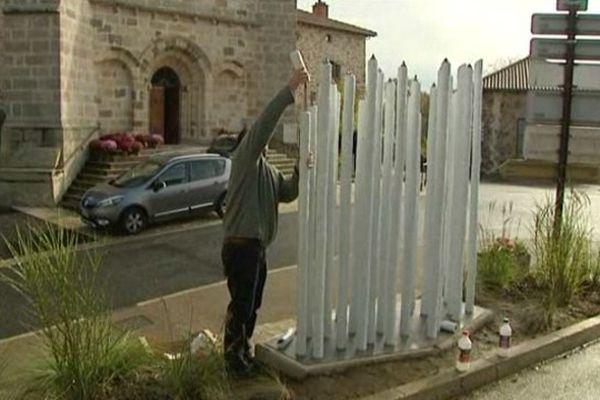 Saint-Martin-le-Vieux possède enfin son monument aux morts