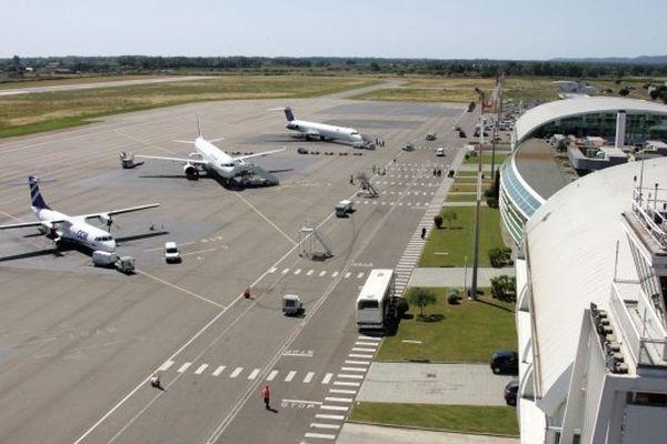 ARCHIVES - L'aéroport de Bastia Poretta