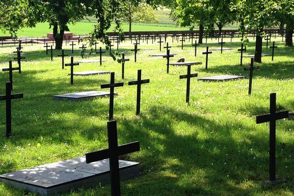 Le cimetière militaire allemand de Consenvoye (Meuse), premier lieu de rendez-vous de la journée des deux chefs d'Etat, dimanche 23 mai 2016