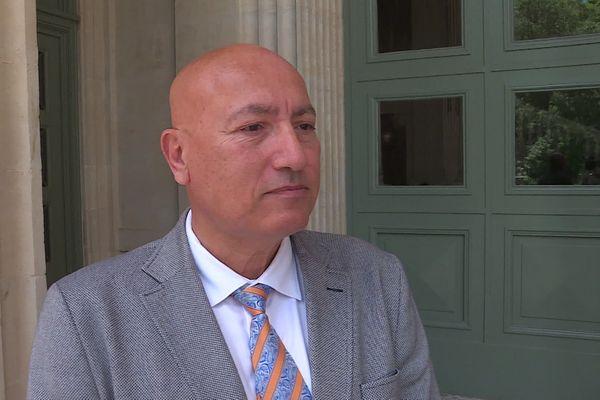 Eric Maurel, Procureur de la République de Nîmes, vient de regrouper l'ensemble des enquêtes sur ces différentes agressions armées nîmoises au sein du SRPJ de Montpellier pour tenter d'en voir les connections.